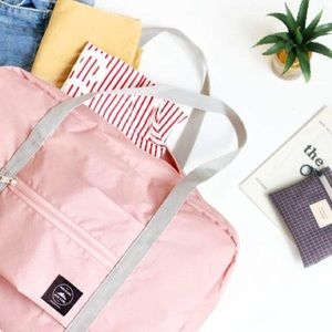 Mochi Things | Wind Blows Foldable Luggage Bag